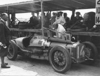 GP Delage in the Brooklands pits hd189