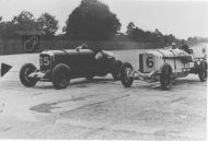 A Mercedes and Lagonda at Brooklands hm117