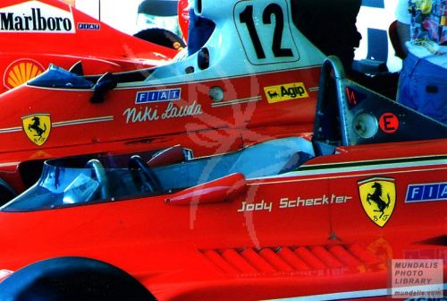 F1 Ferrari Graphics RT
